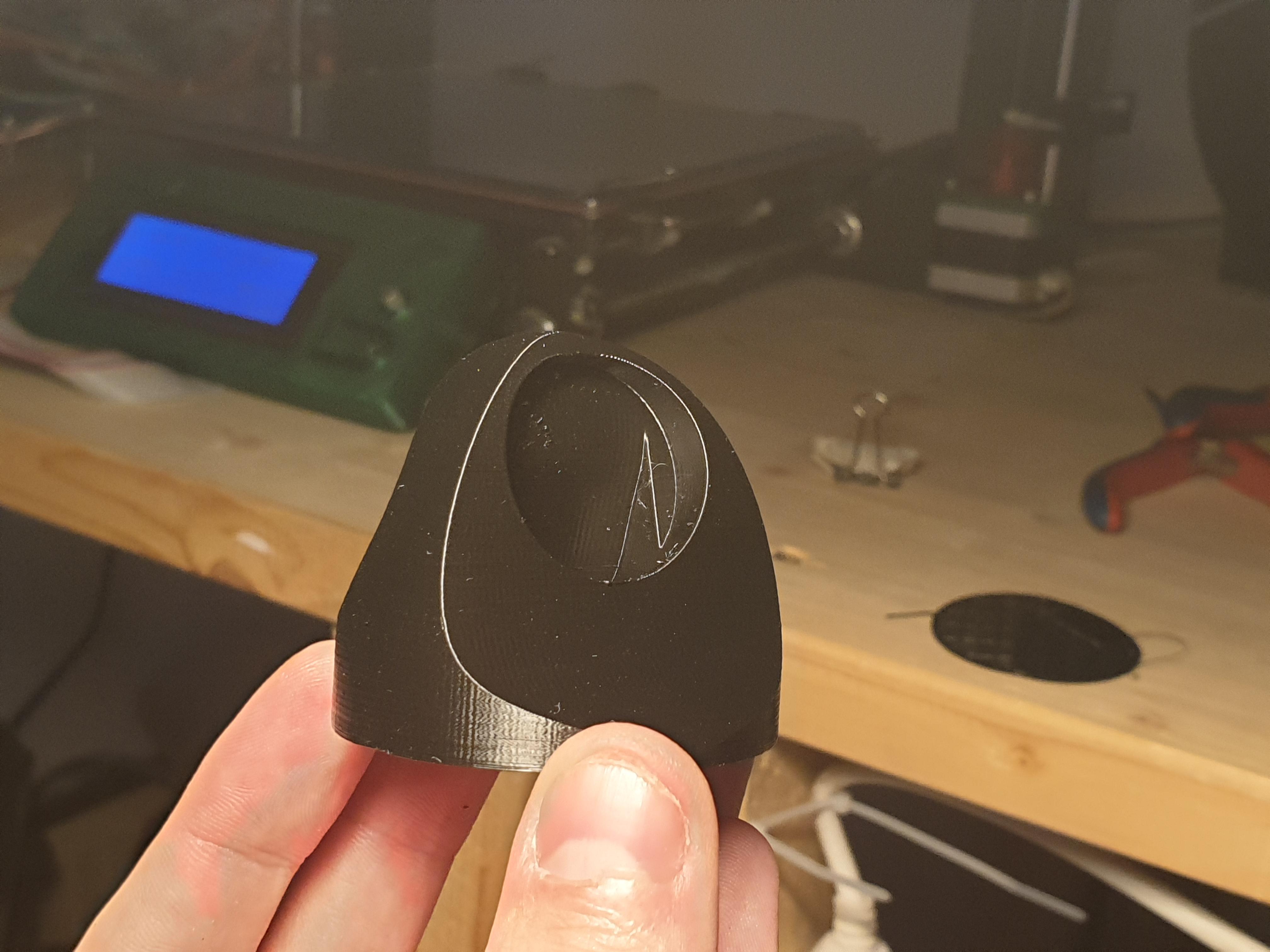 20190913_191751.jpg Download free STL file Charger holder for smartwatch Fossil Explorist HR .. • 3D print object, maca-artwork
