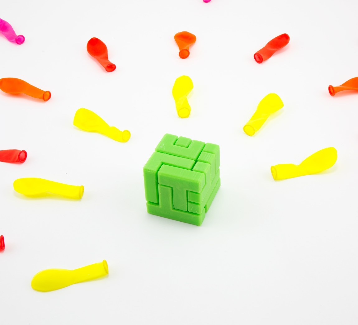 caba29fe59dd68c3356d71d1db495dc6_1444847280451_NMD000318d.jpg Download free STL file 4x4 Puzzle Cube • 3D printer model, FerryTeacher