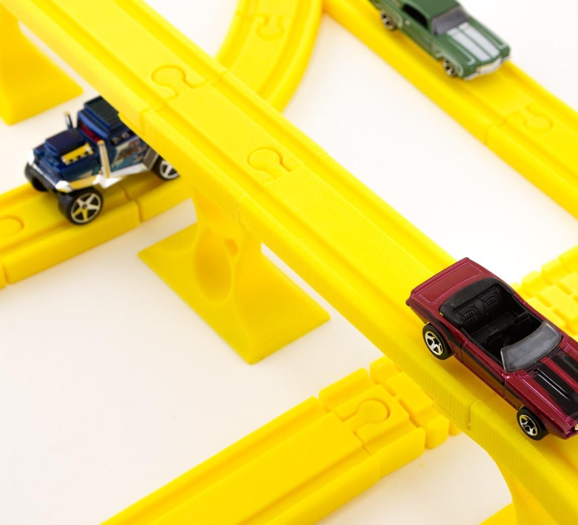 91cb4f62ceb4627f4039d91b0e40adb8_1449686544596_12.2.15-product-shoot-023.jpg Download free STL file Toy Train Tracks • 3D printer design, FerryTeacher