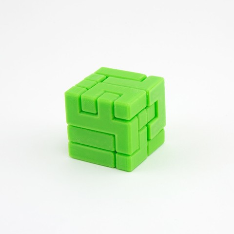 caba29fe59dd68c3356d71d1db495dc6_1444847275496_NMD000318c.jpg Download free STL file 4x4 Puzzle Cube • 3D printer model, FerryTeacher