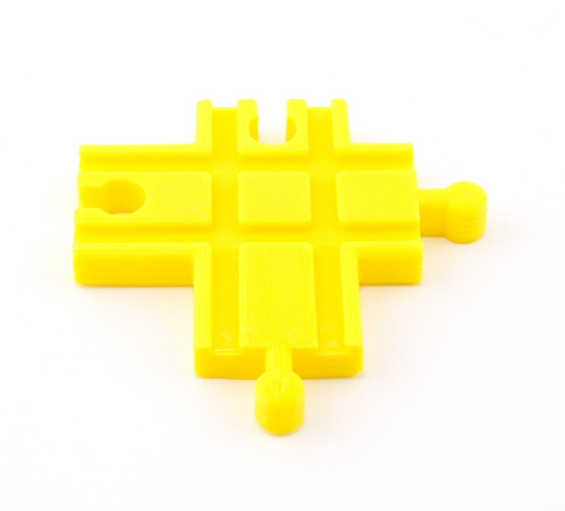 91cb4f62ceb4627f4039d91b0e40adb8_1449686691271_12.2.15-product-shoot-136.jpg Download free STL file Toy Train Tracks • 3D printer design, FerryTeacher