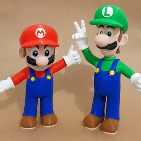 135007e7085979a7d5b41ce54c0e54d7_preview_featured.jpg Download free STL file Mario from Mario games - Multi-color • 3D print design, bpitanga