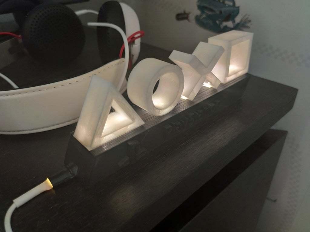 PS4_lampe.jpg Télécharger fichier STL gratuit Mini lampe de Playstation • Objet pour imprimante 3D, ygallois