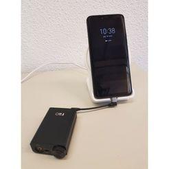 Télécharger fichier 3D gratuit Support pour chargeur sans fil Huawei avec trou USB, LiPeR