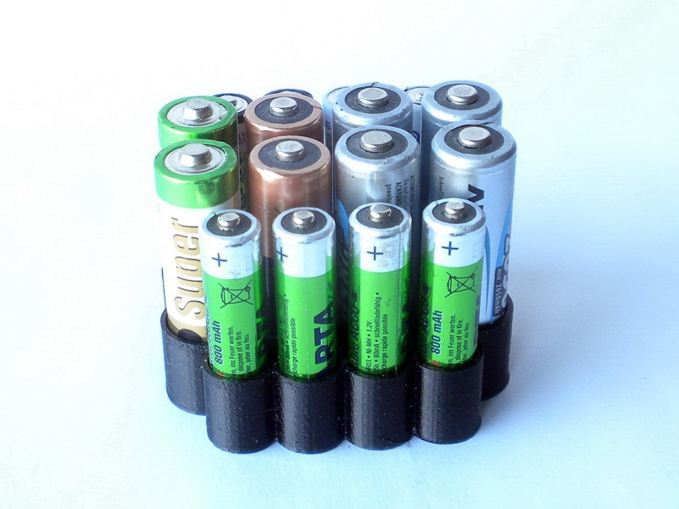 BatteryOrganizer02.JPG Download free STL file AA & AAA Battery Organizer • 3D printing design, 3DLadnik