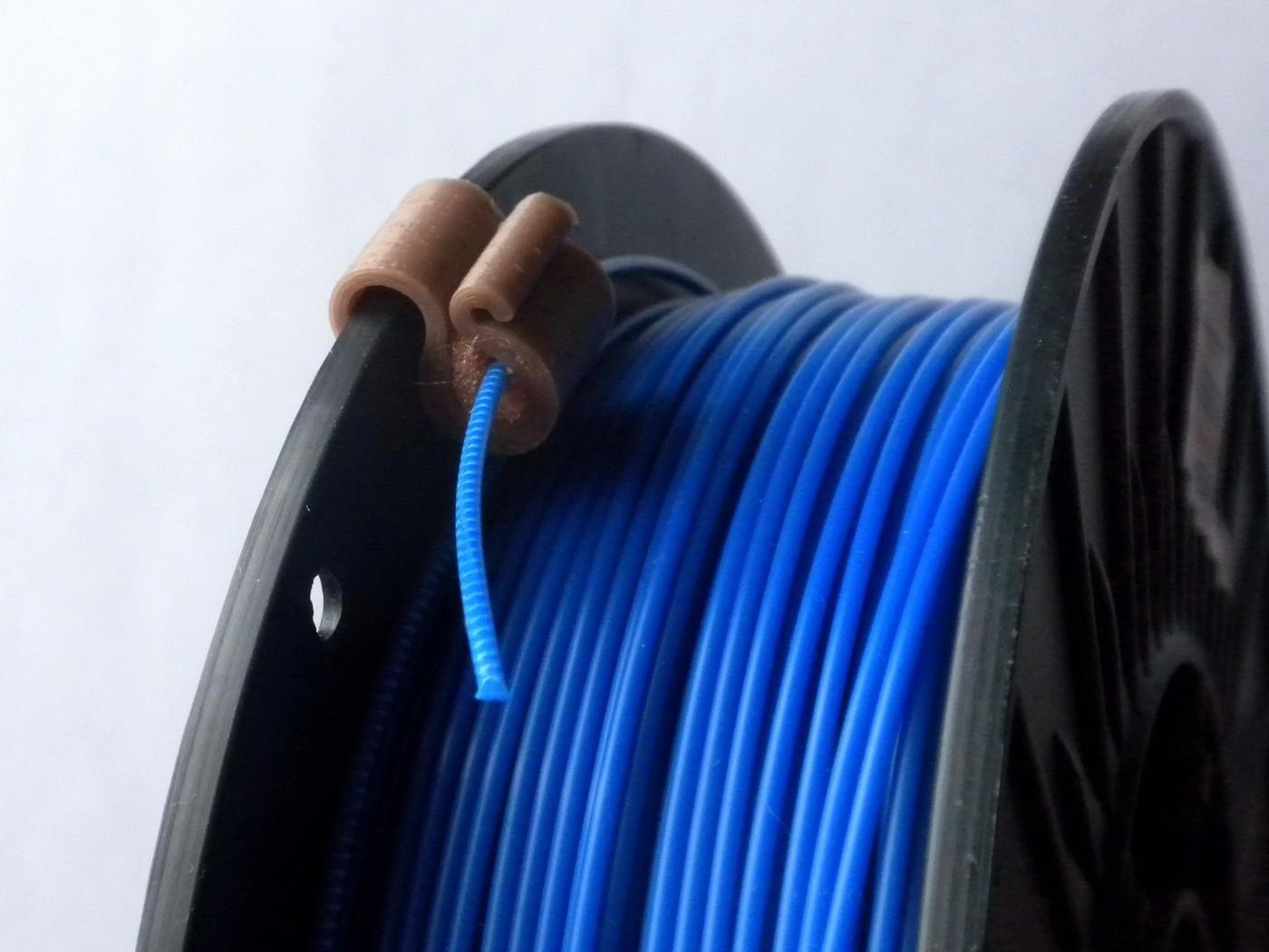L03015-KlipFN1.JPG Télécharger fichier STL gratuit Clip filament 1,75 ... 3,0 mm avec filtre • Plan pour imprimante 3D, 3DLadnik