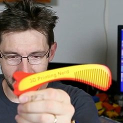 Free 3D printer files 3D Printing Nerd Comb, Thomllama