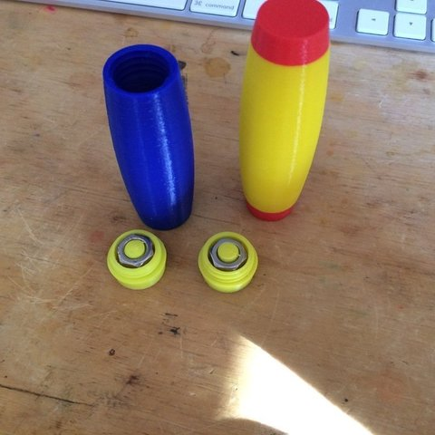Download free 3D printer designs Rolling Stick Thingie 2, Thomllama