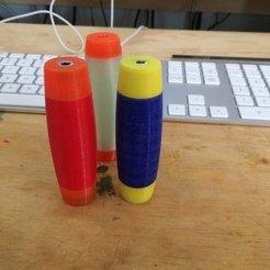 Descargar diseños 3D gratis Rolling/Flip Stick, Thomllama