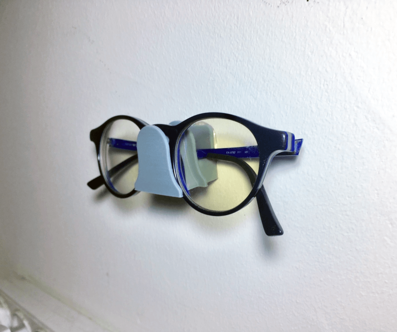 Capture d'écran 2018-03-30 à 15.55.20.png Download free STL file Eyeglasses wall mount holder • Template to 3D print, rubenzilzer
