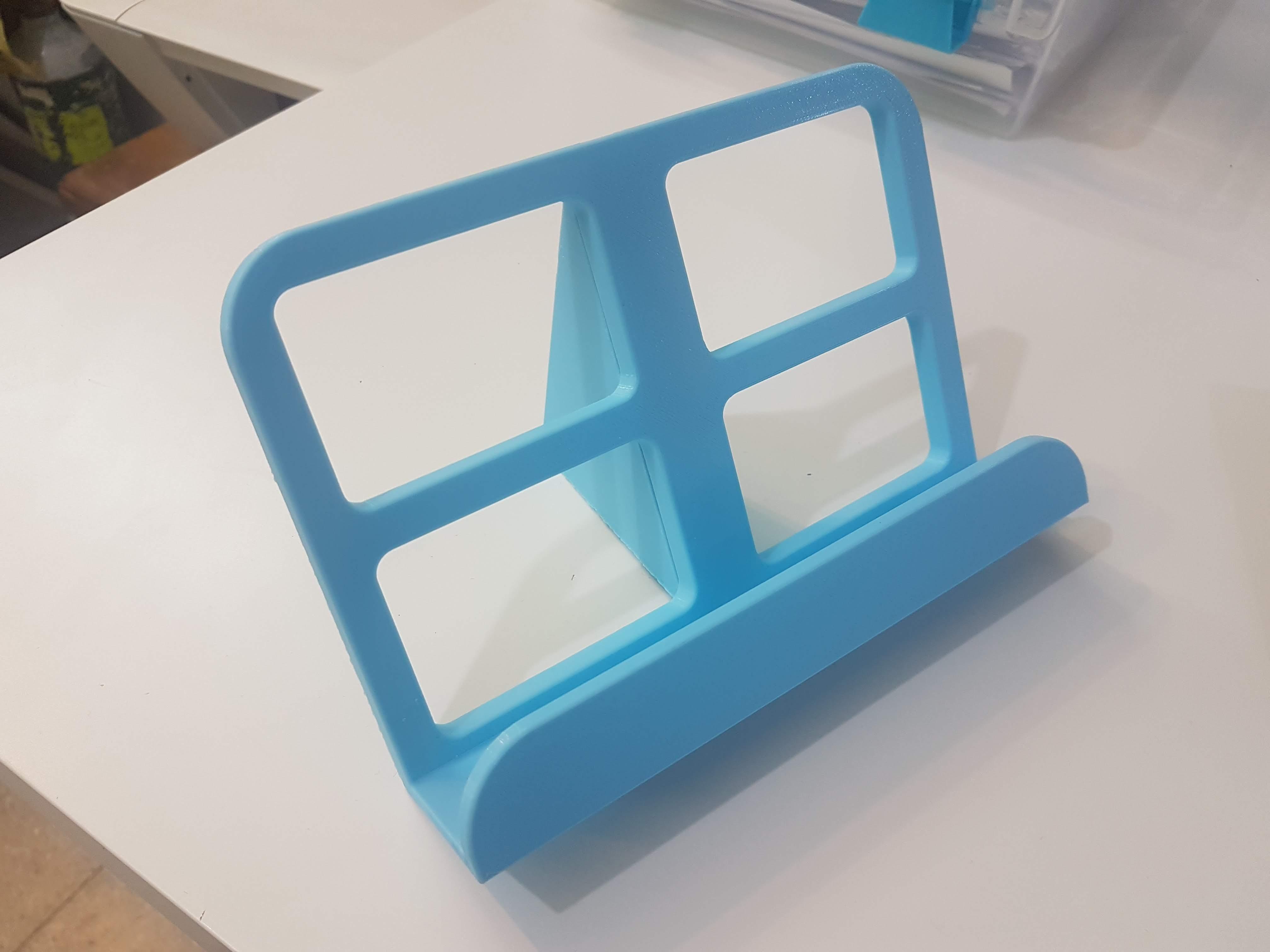 20190901_182535.jpg Télécharger fichier STL gratuit Présentoir de livres • Modèle pour impression 3D, rubenzilzer