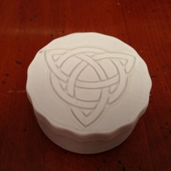 Free 3D printer designs celtic box trikera, ernestmocassin