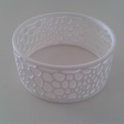 6f21f16a470eae22e93af8c6b53730e7_display_large.jpg Download free STL file Bracelet02 • 3D print model, ernestmocassin