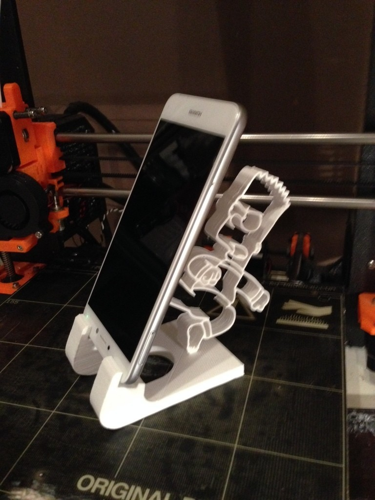 3ee5c0e8b06a4d2df65ad441cdb87eb7_display_large.JPG Download STL file phone holder bart simpson • Template to 3D print, ernestmocassin