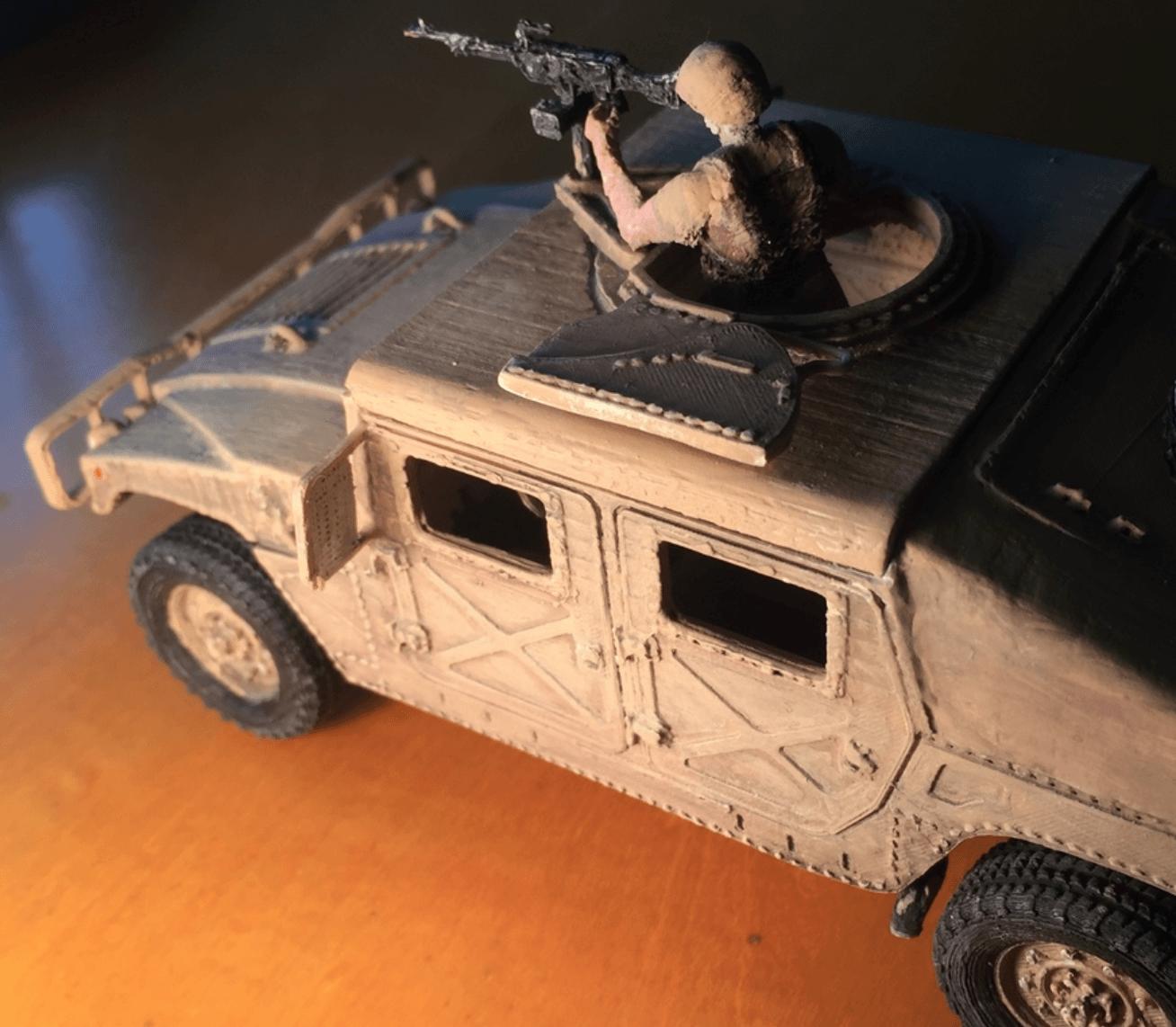 Capture d'écran 2018-03-30 à 16.08.41.png Download STL file HUMMER H1 - Assembly model kit 1:35 • 3D print model, guillesilvestrini