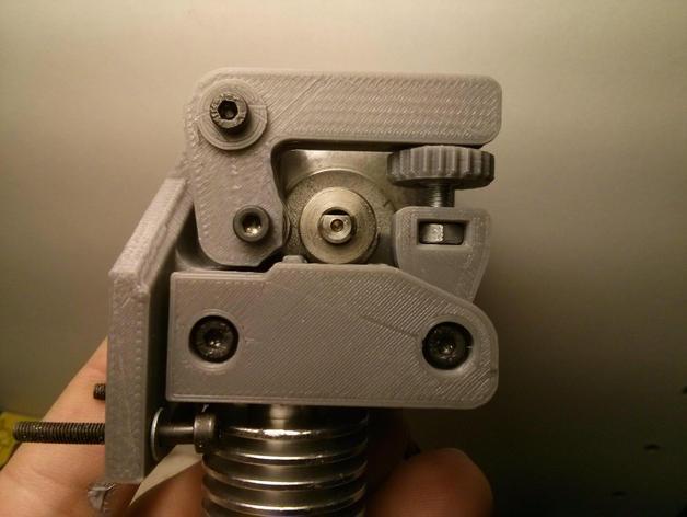 85c13530c954b3ab22443e93e8837043_preview_featured.jpg Download free STL file Dasaki MK8ish Direct Drive Extruder for Prusa i3 (MK7 drive gear) • 3D printable design, dasaki