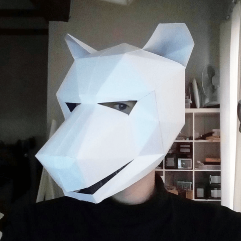 Low poly wolf paper mask