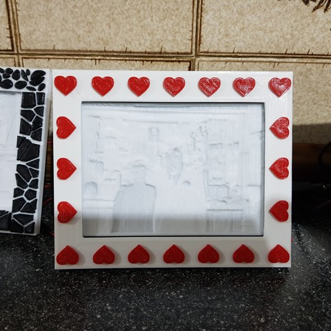 Download free 3D printing files Hearts Frame For My Light Box, gaza07