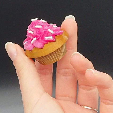 Download free 3D printer designs Cupcake Box, DasMia