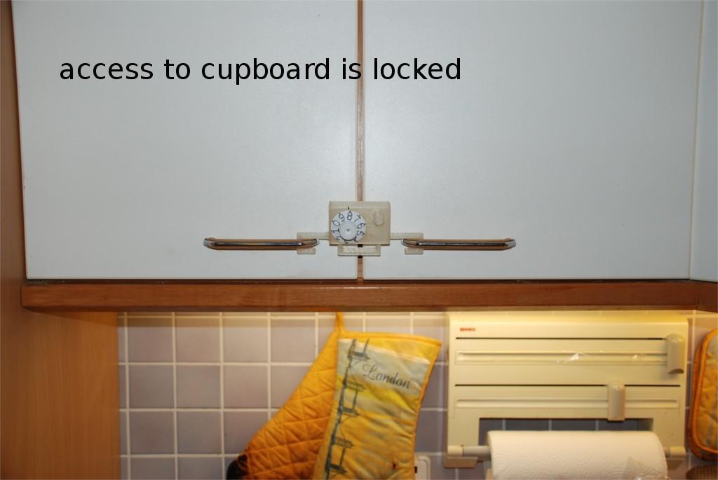 23421ed4fc1887bfffb9bdfc4493308f_display_large.jpg Télécharger fichier STL gratuit Comment transformer une armoire de cuisine à deux portes en coffre-fort ? • Plan à imprimer en 3D, dede67