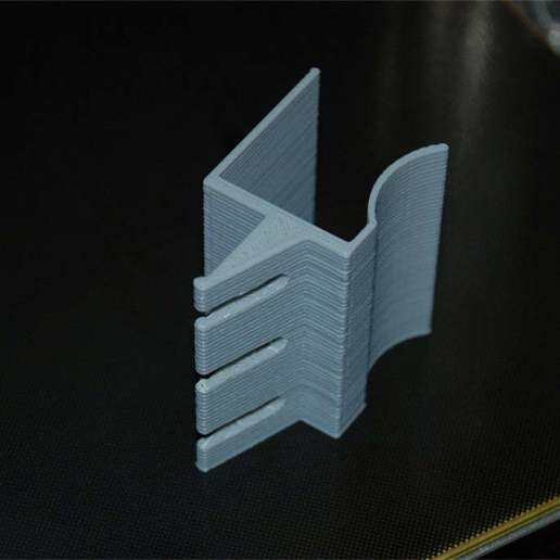 Klemm-Kabelhalter-2.jpg Download free SCAD file Clampable Cable Holder (customizable) • Design to 3D print, dede67