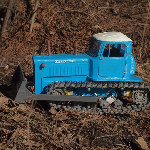 P4070552.JPG Download free STL file RC Soviet tractor DT-75 Kazakhstan (1\10 scale) • 3D printer design, gamebox13