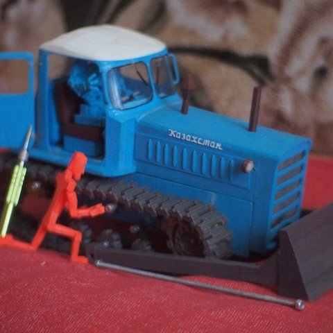 P4080575.JPG Download free STL file RC Soviet tractor DT-75 Kazakhstan (1\10 scale) • 3D printer design, gamebox13