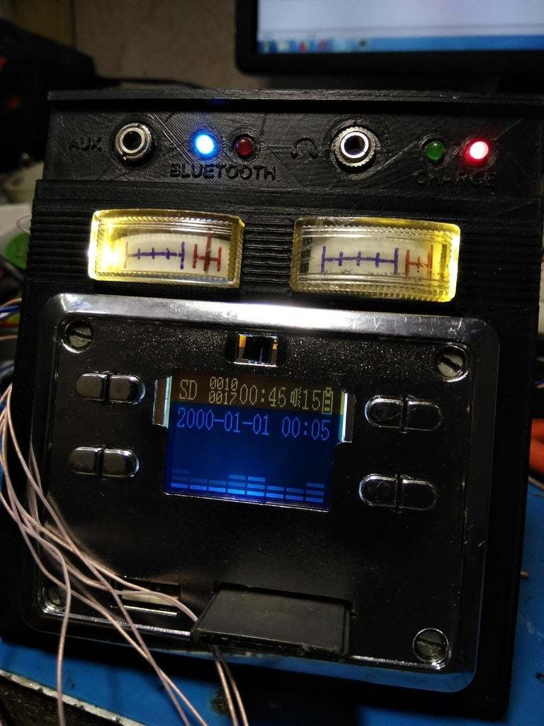 IMG_20171203_164426.jpg Download free STL file Boombastic - portable old school music player • 3D printer design, gamebox13