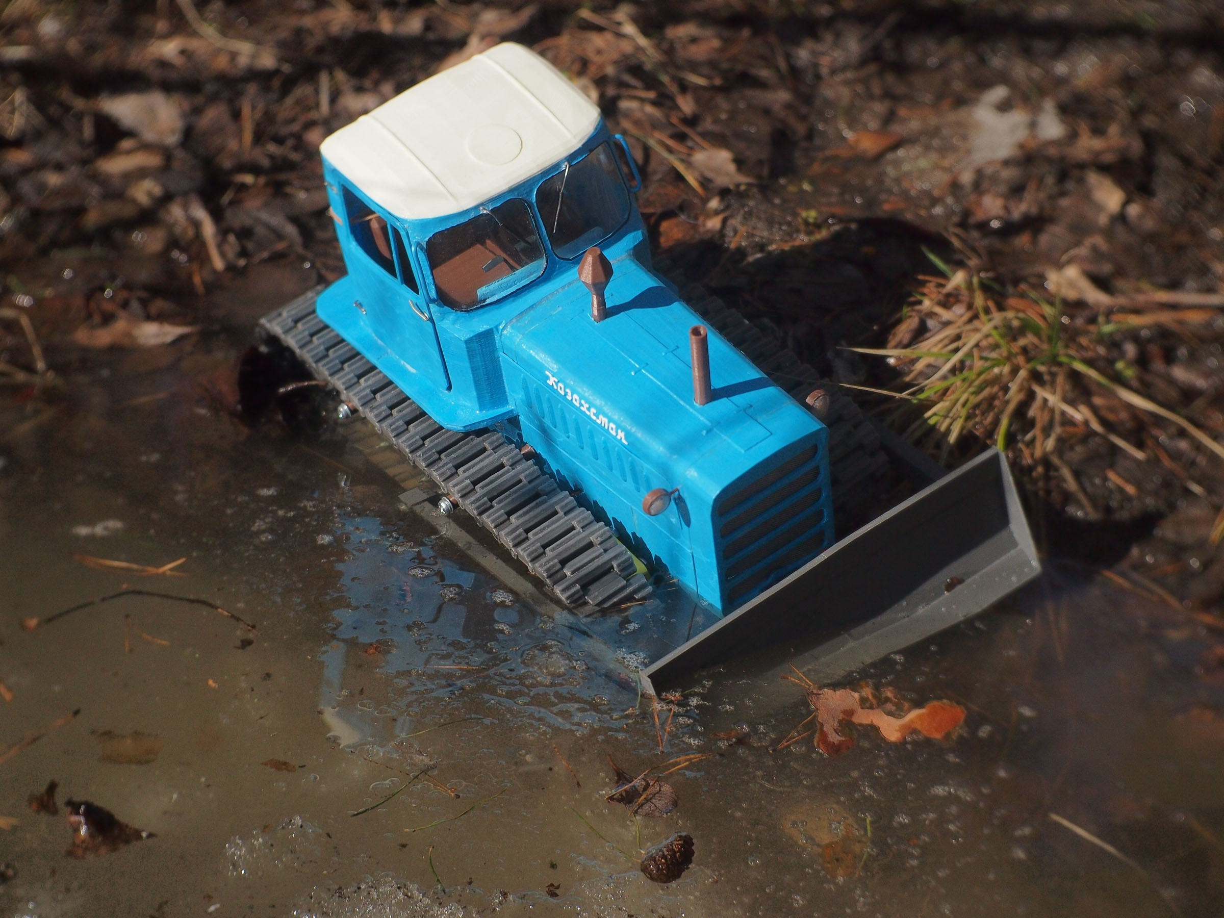 P4070550.JPG Download free STL file RC Soviet tractor DT-75 Kazakhstan (1\10 scale) • 3D printer design, gamebox13