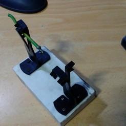 1025182131a.jpg Download STL file soldering helper • Object to 3D print, zzzzzcav