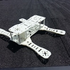 31f3dabab9a2e6da853b83979e48f9e7_preview_featured.jpg Download free STL file Pg One Quadcopter • 3D print design, skofictadej287