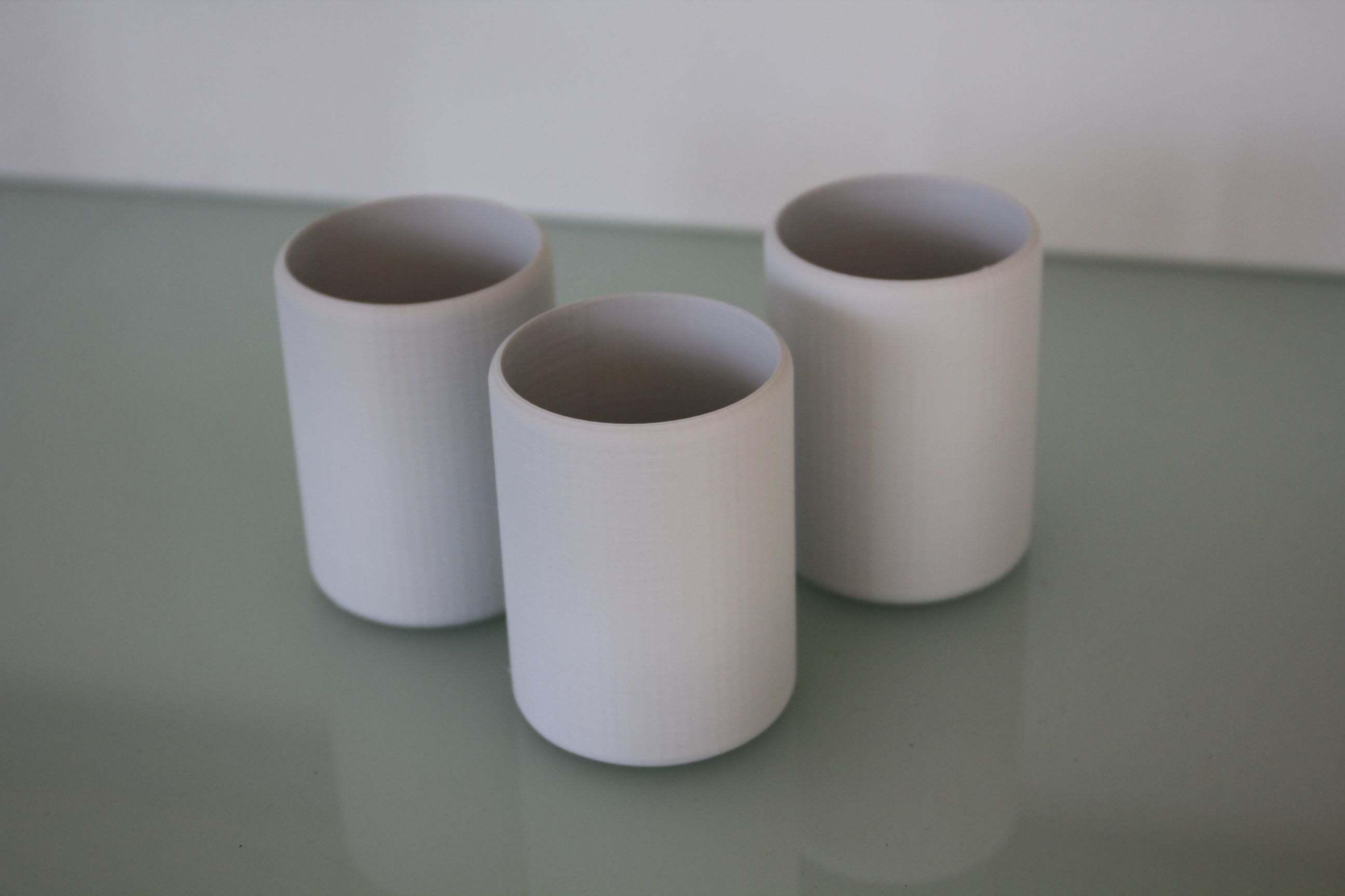 becher2.jpg Télécharger fichier STL gratuit Tasse / gobelet simple mais élégant • Modèle à imprimer en 3D, plokr