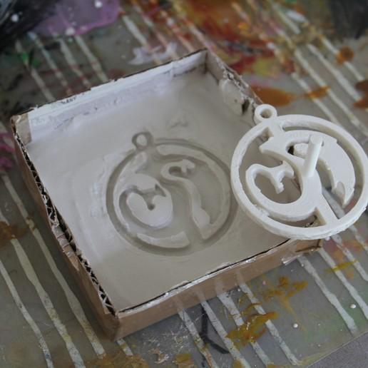 IMG_8767.JPG Télécharger fichier STL gratuit Modèle d'amulette de dragon / fabricant de moules • Modèle à imprimer en 3D, plokr