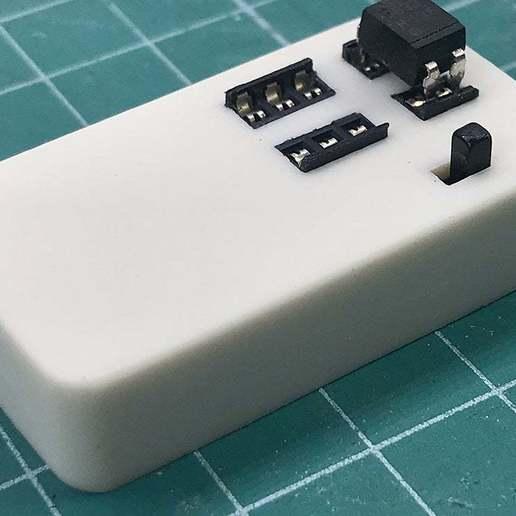1.jpg Télécharger fichier STL gratuit Testeur d'optocoupleurs facile • Objet à imprimer en 3D, perinski