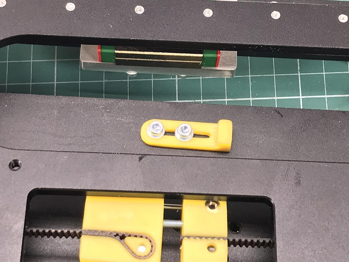 IMG_9044.jpg Télécharger fichier STL gratuit Nouvelle motion linéaire pour Prusa i4 • Objet imprimable en 3D, perinski