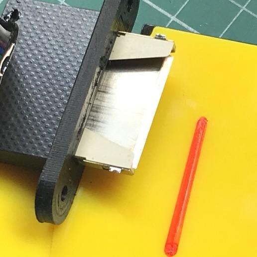 8.jpg Télécharger fichier STL gratuit Support pour carte SD d'extension • Modèle pour imprimante 3D, perinski