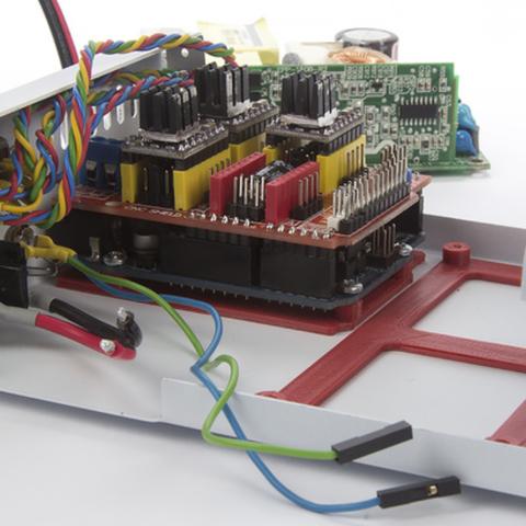 Capture d'écran 2018-04-26 à 10.59.26.png Télécharger fichier STL gratuit Bras pour circuit imprimé pour Arduino UNO et MeanWell EPP-100-24 • Plan pour imprimante 3D, perinski