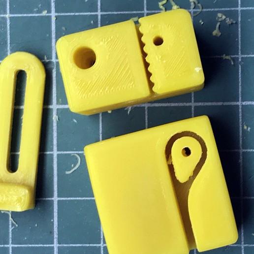 4.jpg Télécharger fichier STL gratuit Nouvelle motion linéaire pour Prusa i4 • Objet imprimable en 3D, perinski