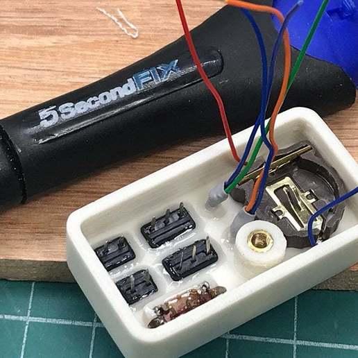8.jpg Télécharger fichier STL gratuit Testeur d'optocoupleurs facile • Objet à imprimer en 3D, perinski