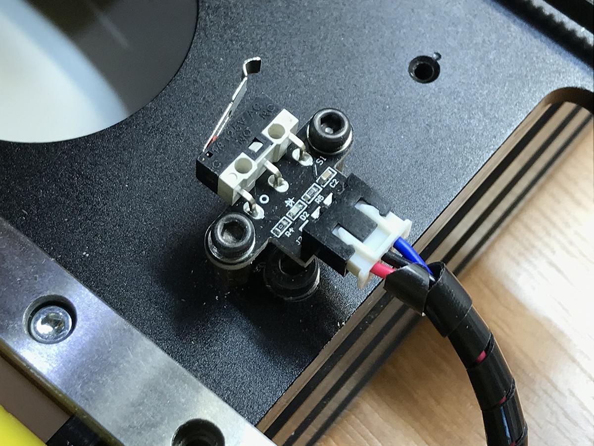 IMG_9058.jpg Télécharger fichier STL gratuit Nouvelle motion linéaire pour Prusa i4 • Objet imprimable en 3D, perinski