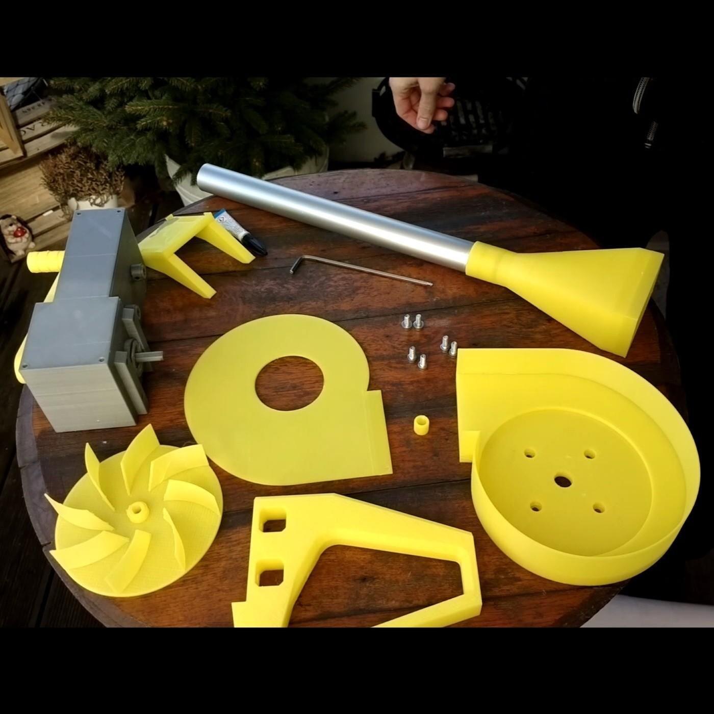 Foto04.jpg Download free STL file BBQ Fan Extension for Gearbox 256 / Grillgebläse Erweiterung für Getriebe 256 • 3D print design, CONSTRUCTeR