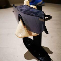 Download 3D printer model sunglasses stand (realistic nose), spunkkkk