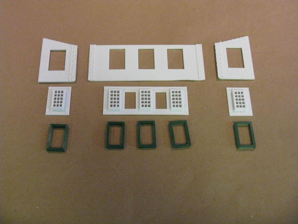 IMG_6572.JPG Télécharger fichier STL gratuit Maison des moteurs à deux étages à l'échelle NEW HO • Plan à imprimer en 3D, kabrumble