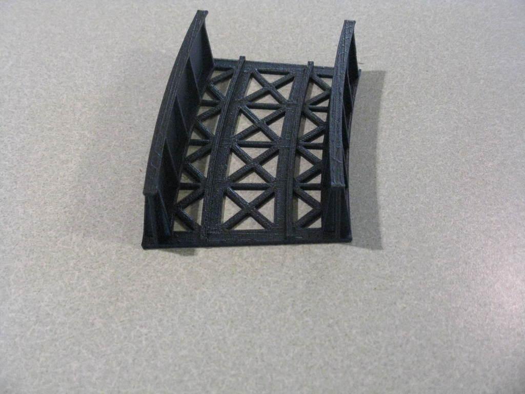 "9864e0f62965254afb0e09a69f8d812d_display_large.JPG Download free STL file HO Scale 18"" Radius Curved Bridge • 3D print model, kabrumble"