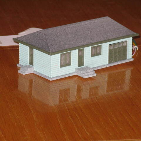 Free STL files HO Scale House with Garage Door Opener, kabrumble