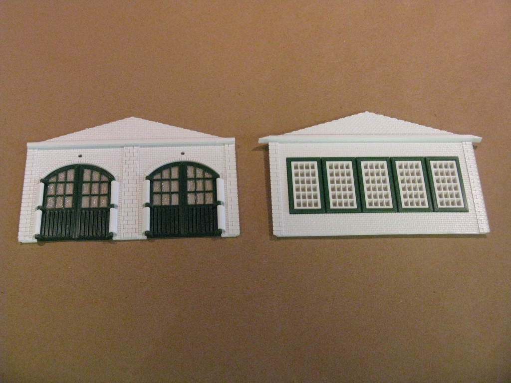 IMG_6575.JPG Télécharger fichier STL gratuit Maison des moteurs à deux étages à l'échelle NEW HO • Plan à imprimer en 3D, kabrumble