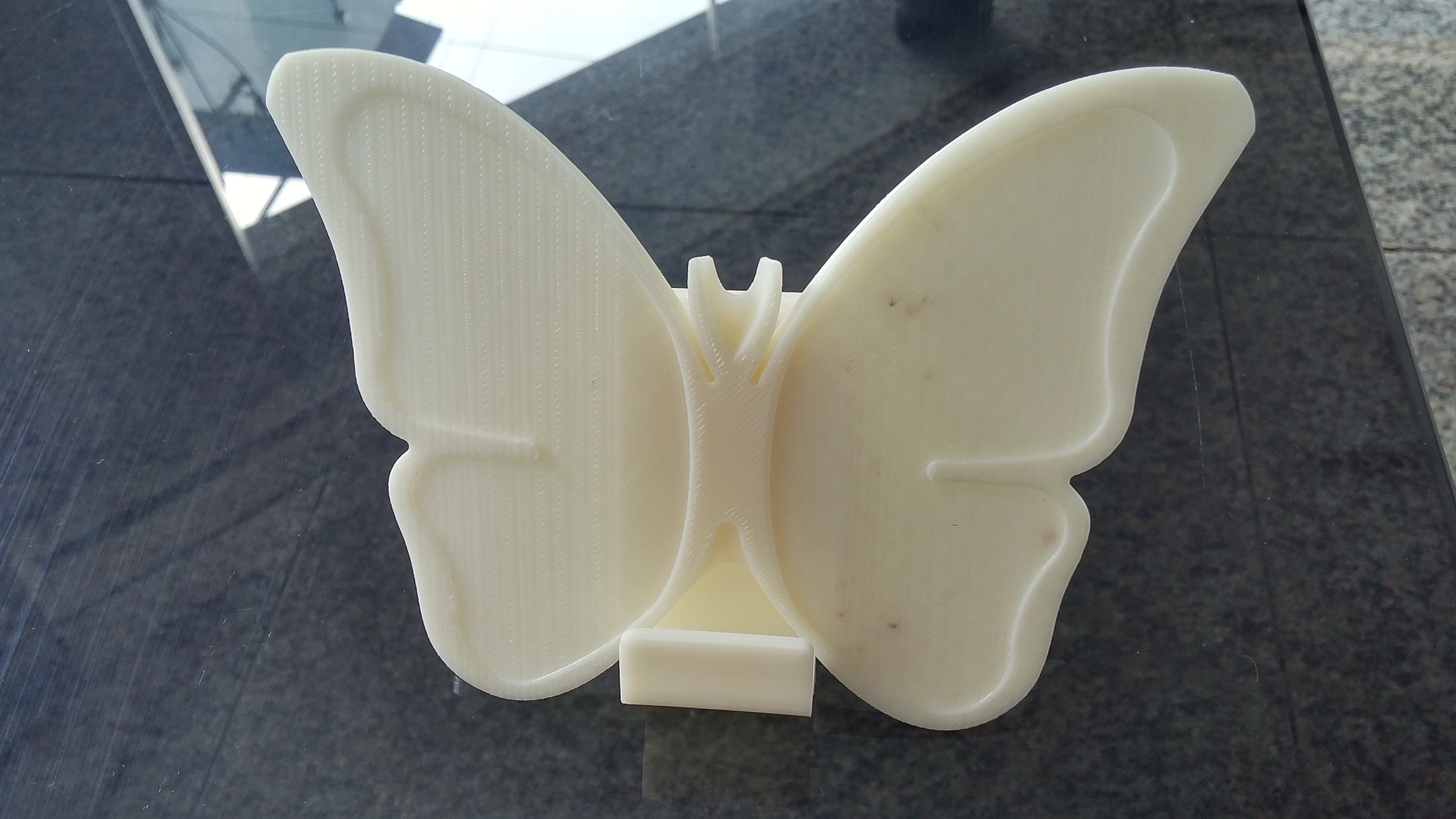 20161122_134720_HDR.jpg Download free STL file butterfly smart phone stand / butterfly name card • 3D printer template, 3D_parts