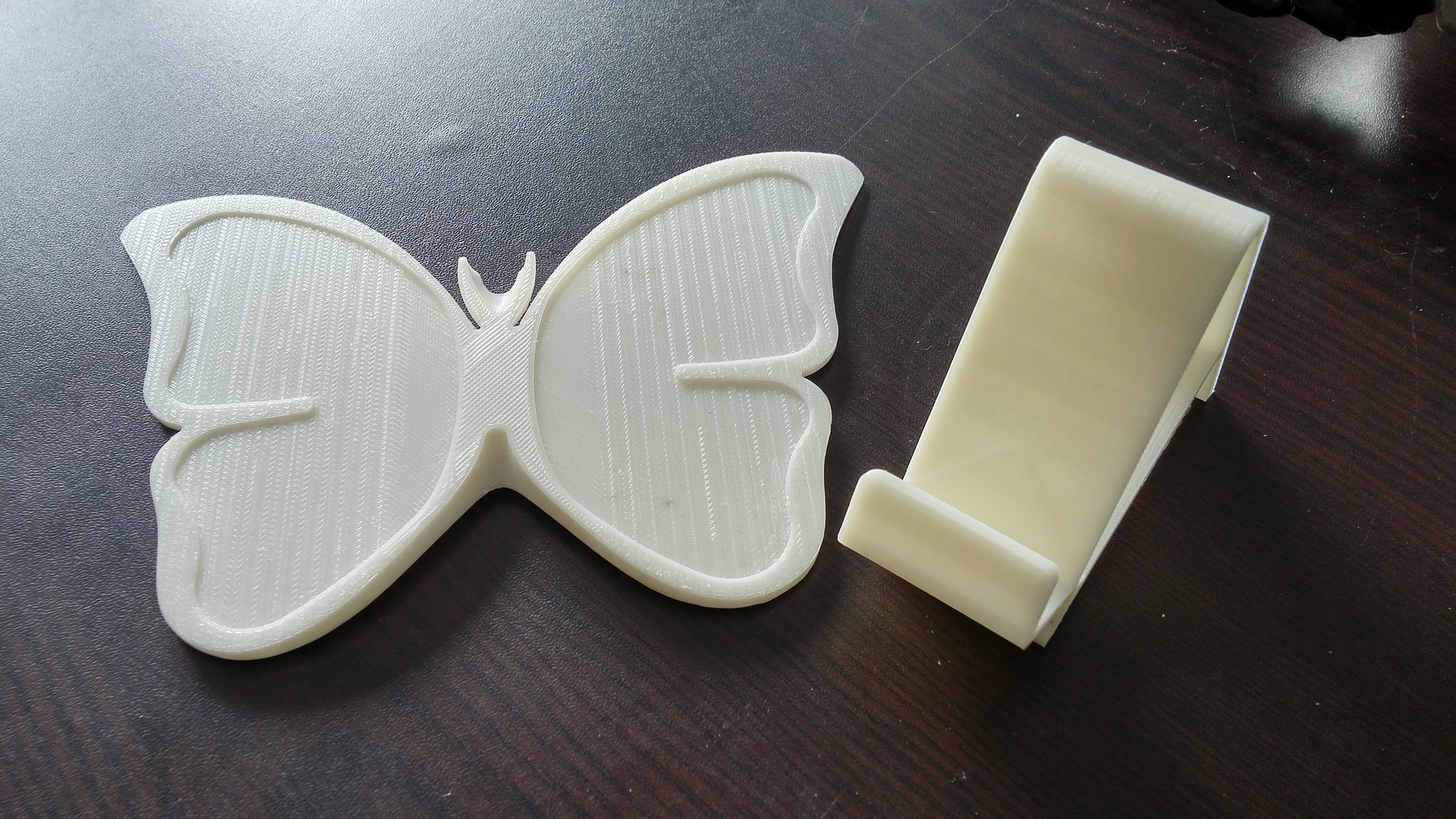 20161122_134640_HDR.jpg Download free STL file butterfly smart phone stand / butterfly name card • 3D printer template, 3D_parts