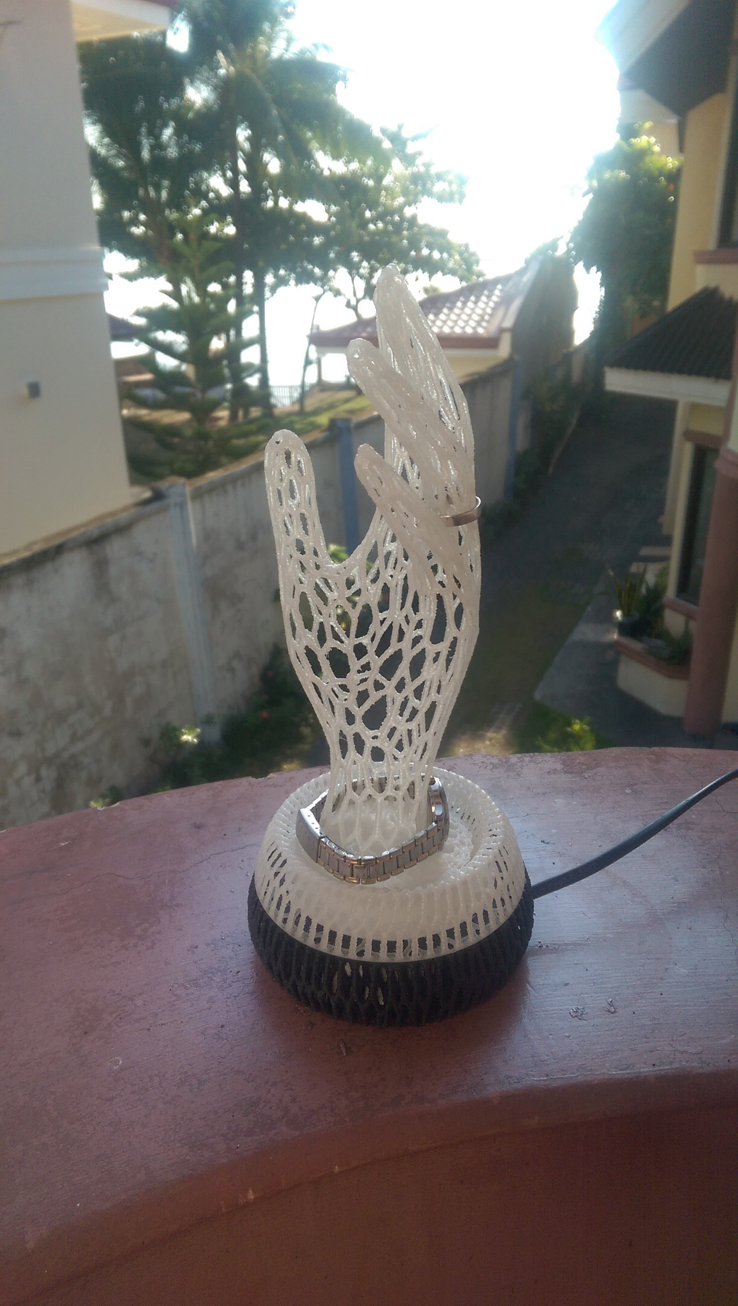 IMAG0361.jpg Download STL file Her Hand Tree of Jewelry • 3D print design, SamVoro