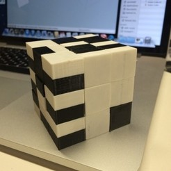 Free STL Snake Cube Puzzle, Printed Fully Assembled and Ready to Solve, gzumwalt